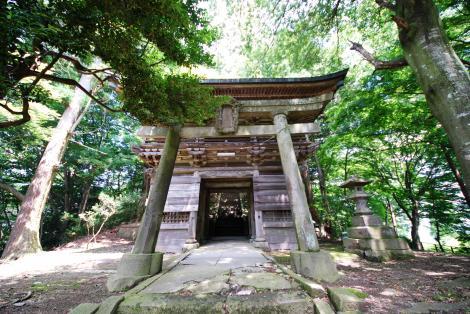 『烏峠稲荷神社 正面』の画像